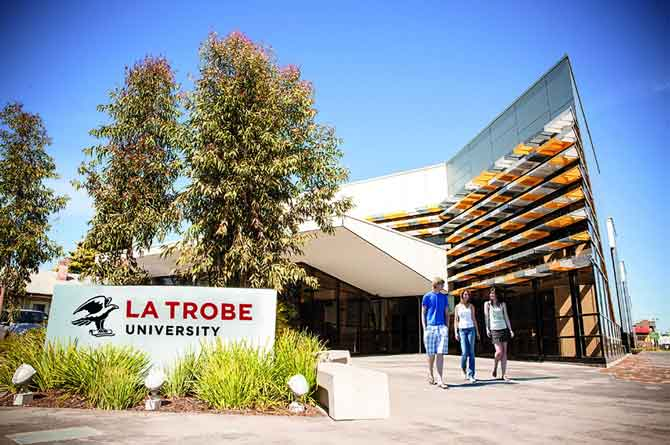 Helpful Guide to LaTrobe LMS, StudentOnLine, and Email.